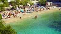 Hvaras - Paplūdimys