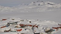 Tasiilaq - The Red House - Panoramic view