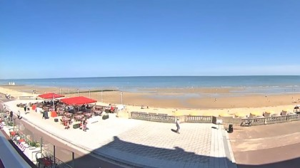 Cabourg Promenade France Webcams